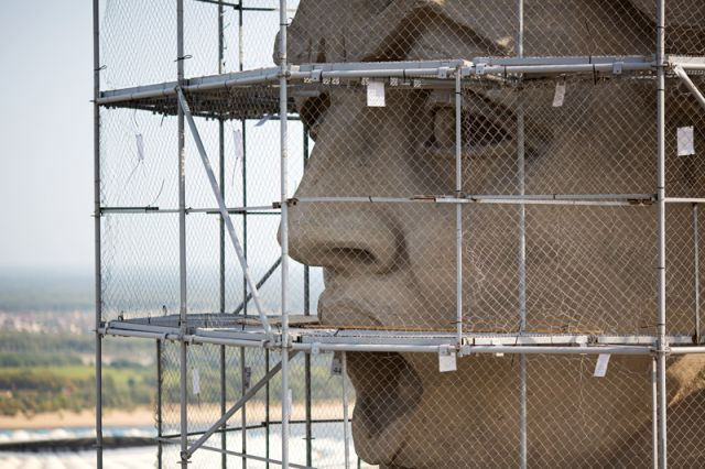 Реставрация монумента «Родина-мать зовет!» в Волгограде