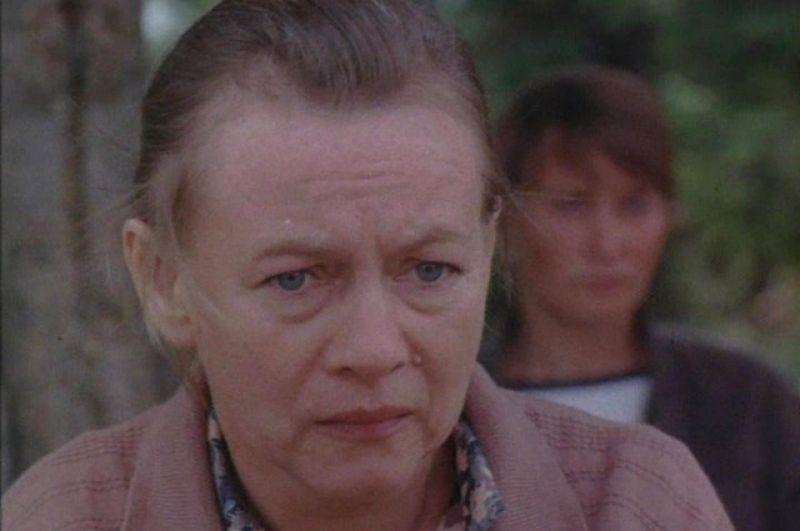 Александра Назарова в фильме «Серая мышь» (1988)