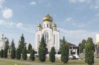 Вот уже 16 лет отец Алексий Бабанин – настоятель храма Рождества Христова в Старом Осколе.