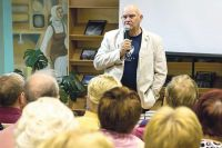 Писатель Александр Лапин в Калуге частый гость.