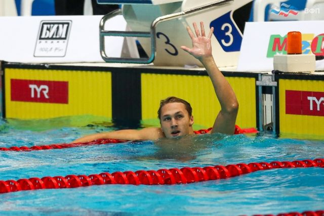 Ведущий пловец Коми стал вторым на дистанции 100 метров на спине с результатом 53.59 секунды.