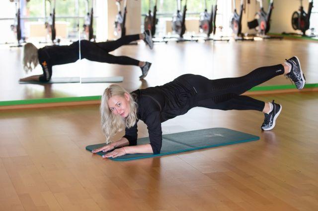 Самые распространенные запросы, с которыми люди обращаются в фитнес-клуб, — коррекция фигуры и проработка проблемных зон.