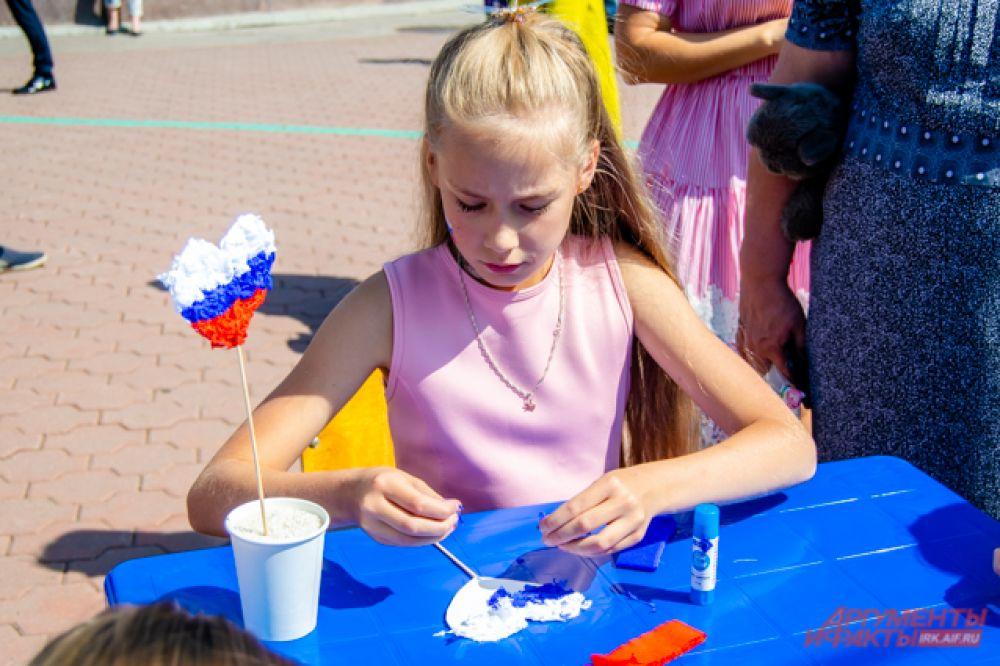 В мастер-классах с удовольствием участвовали как дети, так и взрослые.