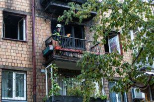 Масштабный пожар в квартире Киева: погибла женщина
