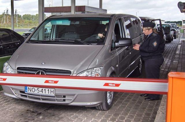 24 августа ожидаются затруднения в оформлении на литовской границе