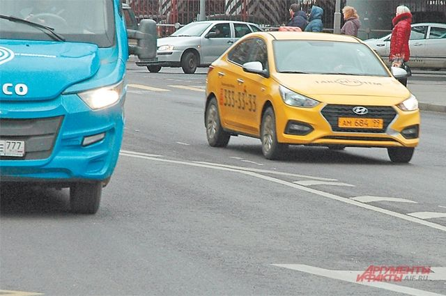 В Москве служба такси подала в суд на организаторов несогласованных акций