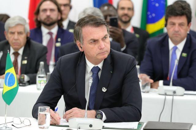Президент Бразилии: у страны нет ресурсов для борьбы с пожарами в Амазонии