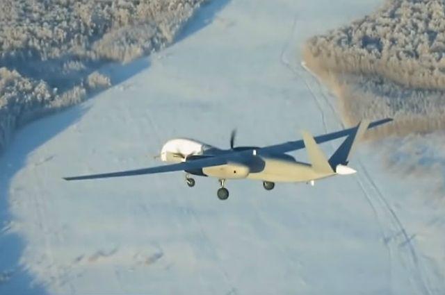 Минобороны показало первый полет разведывательного беспилотника «Форпост-Р»