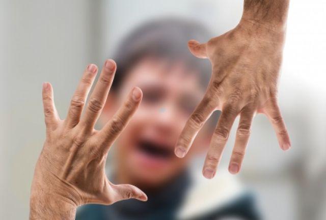 42-летний воркутинец с января по март 2018 года по любому малозначительному поводу избивал пасынка.