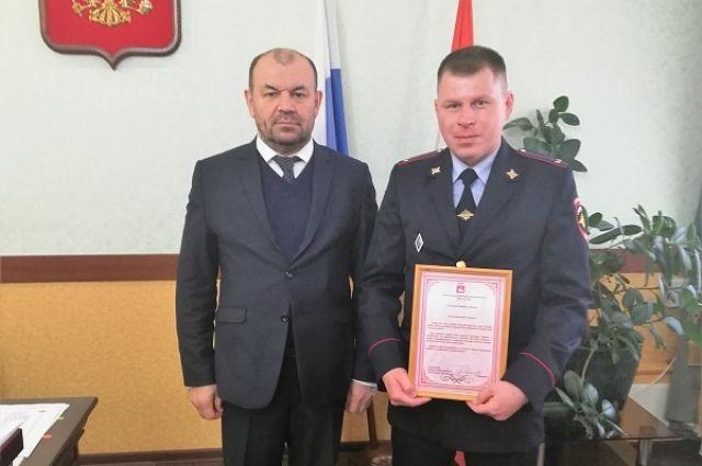 Михаил Выломов увидел возгорание в четырёхэтажном общежитии и, не раздумывая, бросился на помощь.