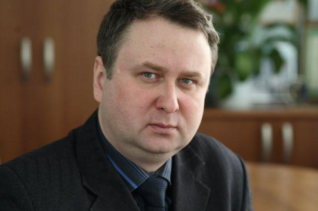 Александру Нестерову 46 лет.