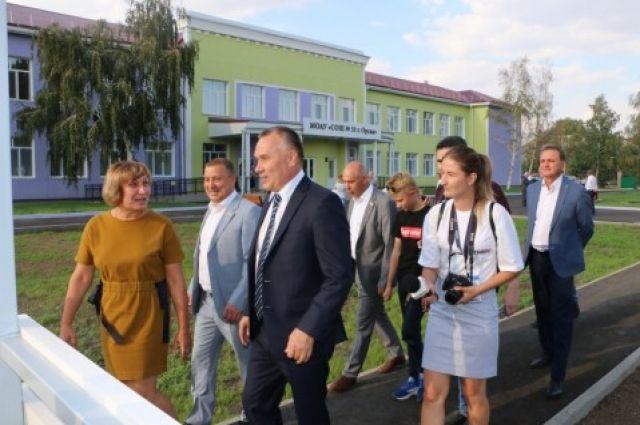 В Орске в День города после капремонта открылась школа №31