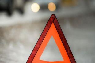 Страшное ДТП под Киевом с иностранцами: иномарка влетела под фуру, водитель погиб, остальные попали в реанимации