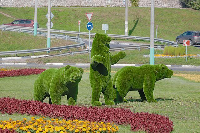 Необычные скульптуры, судя по сообщениям в соцсетях, уже привлекли внимание калужан.