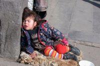 В Запорожье родители оставили детей бездомным на все время отдыха
