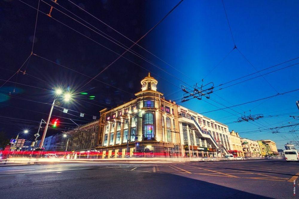 В Ростове-на-Дону насчитываются десятки доходных домов, не менее 50 из которых относятся к историческому наследию донской столицы и считаются памятниками архитектуры.