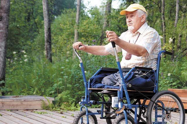 При устройстве на работу в коллектив людей без физических ограничений любой инвалид испытывает повышенное внимание работодателя.