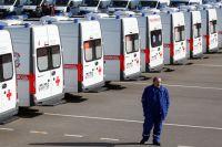 Расширение и обновление медицинского технопарка – одно из главных направлений развития здравоохранения. На фото: 18 новых автомобилей скорой помощи российского производства передали в начале этого года ставропольским медучреждениям.