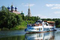 А ведь ещё недавно к пристани у Рязанского кремля подходили теплоходы. Сегодня к ней и на лодке не подплывёшь…