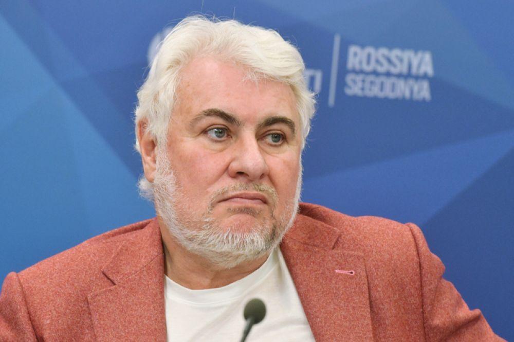 Саркисовы — $1,6 млрд. Братья Сергей (на фото) и Николай Саркисовы, владеющие группой РЕСО, занимают восьмую строчку.