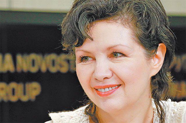 «Гагаринский район мне очень дорог. Москва стала дляменя родным городом, яздесь уже  30 лет»,– делится певица икомпозитор Ирина Шведова.