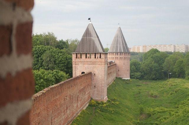 Из 38 башен смоленской крепости сохранились 17, но как минимум три из них значительно перестроены.
