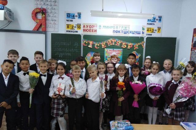 В Оренбуржье проходят школьные линейки.