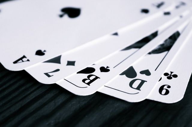 Житель поселка Пангоды приговорен к обязательным работам за азартные игры