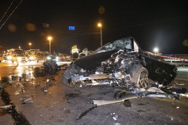 ДТП на «безумной» скорости в Киеве: есть пострадавшие