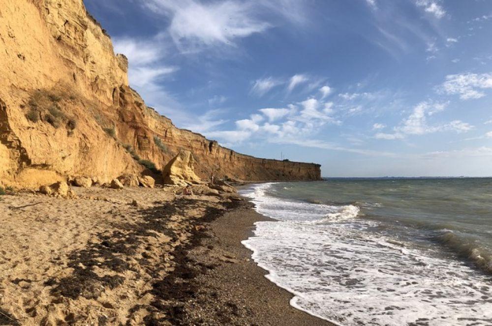 Пляж в поселке Кача.