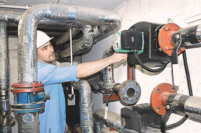 В подвале дома 8 по ул. Карбышева в Калининграде, где провели энергоэффективный капремонт.