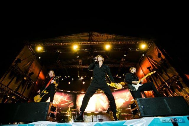 Около 50 000 жителей областного центра и гостей города посетили концерт у СКК «Оренбуржье».