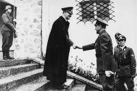 Гитлер и Павелич в Берхтесгадене, июль 1941 года.