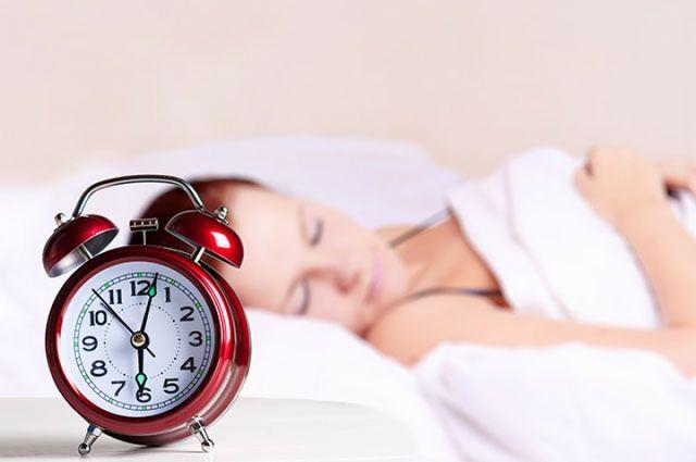 Ложиться спать и вставать нужно всегда в одно и то же время.