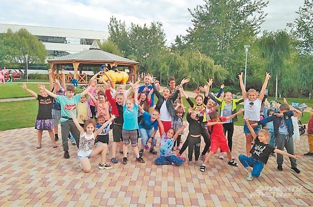 Каждую неделю в парке «Буратино» проводятся мероприятия для взрослых  и детей.