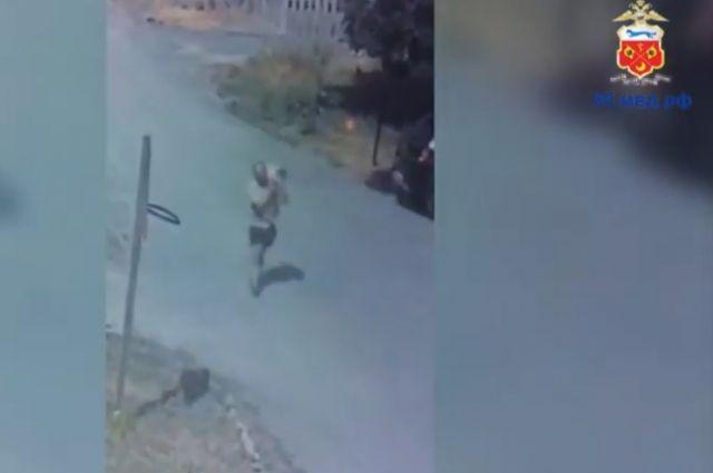 В Орске подозреваемый в краже попал на видео