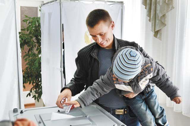 За обстановкой на участках для голосования проследят более 4000 наблюдателей.