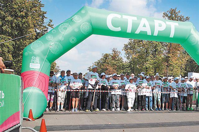 3,5 тыс. пенсионеров поучаствовали в массовом старте в «Лужниках».