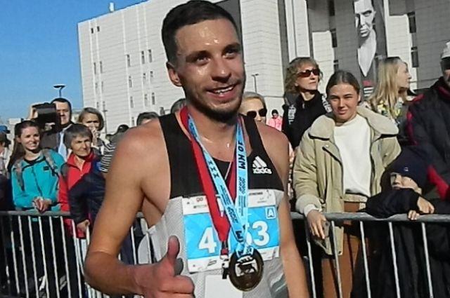 Победитель забега на 10 км.