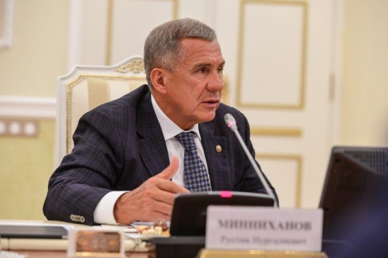 Более чем 32 тыс. татарстанцев, в том числе и президент Татарстана Рустам Минниханов, проголосовали при помощи системы «Мобильный избиратель».