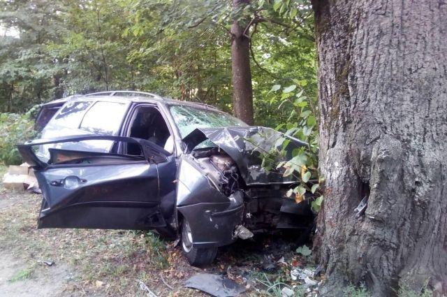 В Багратионовском районе в ДТП погиб водитель, пострадал 15-летний пассажир