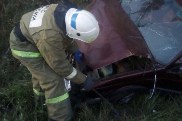 В ликвидации последствий ДТП в Жуковском районе принимали участие четверо сотрудников МЧС.