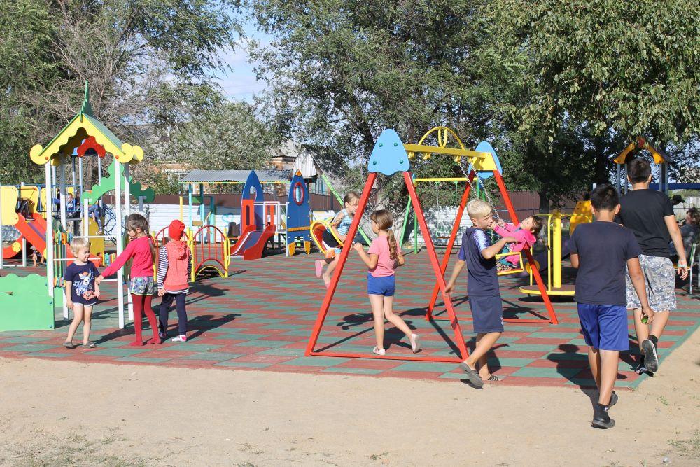 Детская площадка в селе Мерабилитском построена в этом году в рамках целевой программы «Устойчивое развитие сельских территорий»