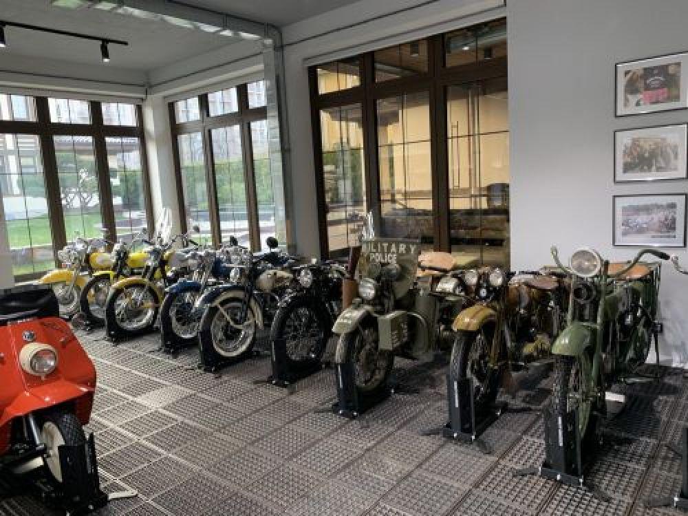 Кроме того, в Киеве прошла большая выставка мотоциклов Harley-Davidson.