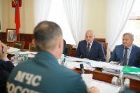 Внеплановое совещание состоялось в областной администрации.