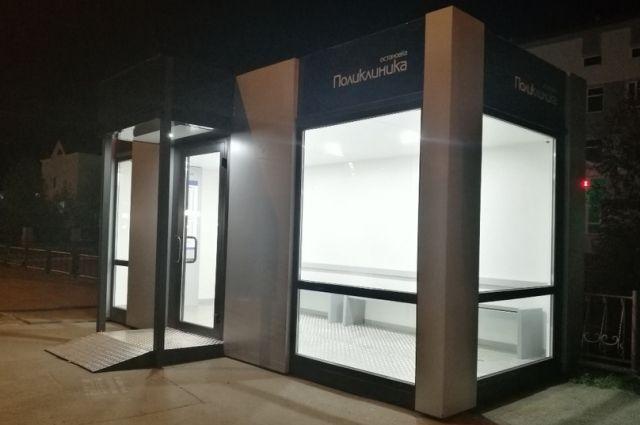 В Лабытнанги появилась автобусная остановка с подогревом