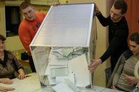 В основном граждане жаловались на подвозы и покупку голосов избирателей.