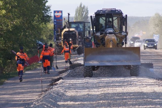 Дорогу отремонтировали по программе