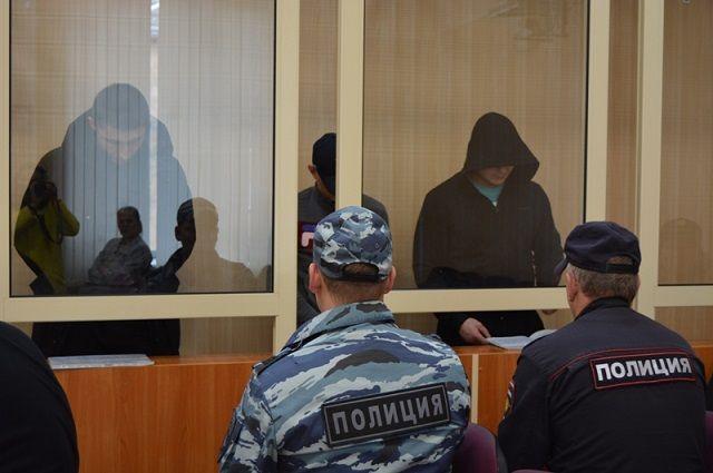 Во время следствия обвиняемые пытались запугать потерпевших, но вину членов банды всё равно удалось доказать. Уголовное дело направлено в суд.