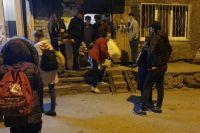 Жителям нужно было взять документы, вещи первой необходимости и выехать из многоквартирного дома.